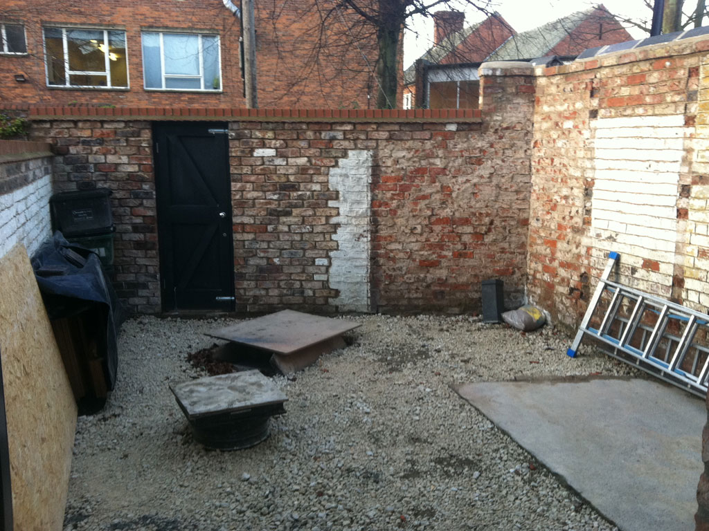 Small Victorian Terraced House Garden Artisan Project Management